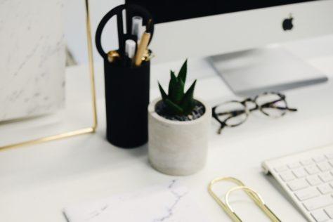 Make money blogging pay off debt